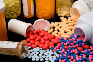 how do painkillers work in the brain