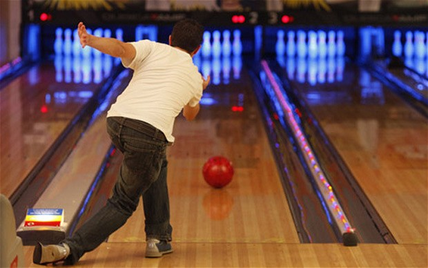 knee injuries while bowling