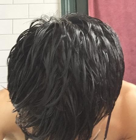 can sleeping with wet hair cause a headache?