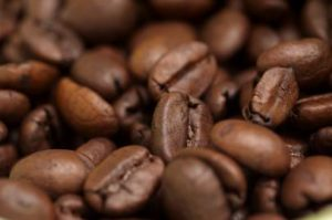 what are the benefits of eating coffee beans