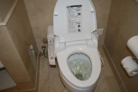You may have difficulty urinating comfortably if you have kidney stones.